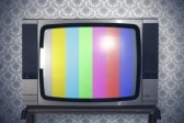 19289501-test-signal-display-on-a-retro-tv